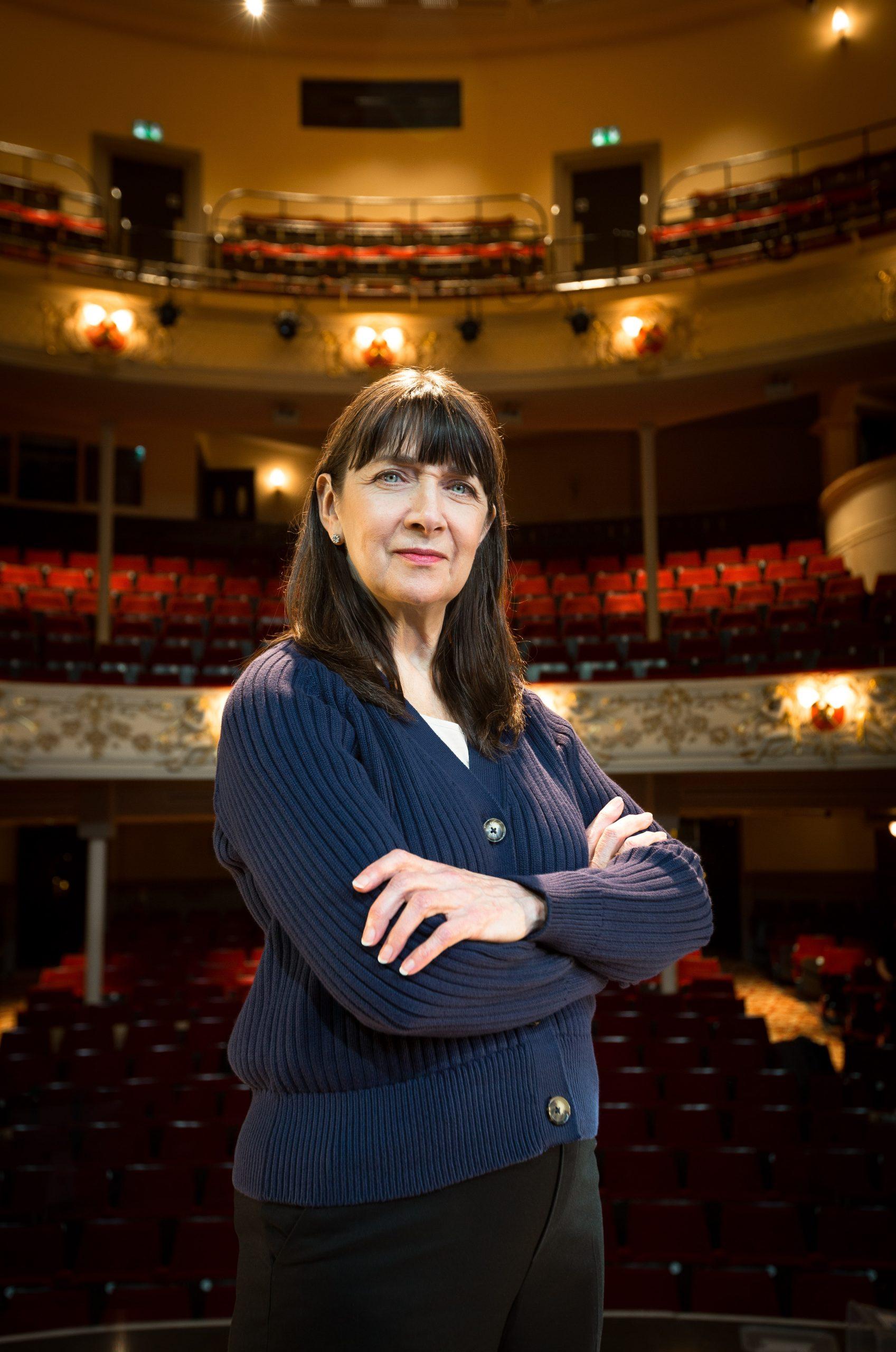 Maureen Beattie in Meet Jan Black